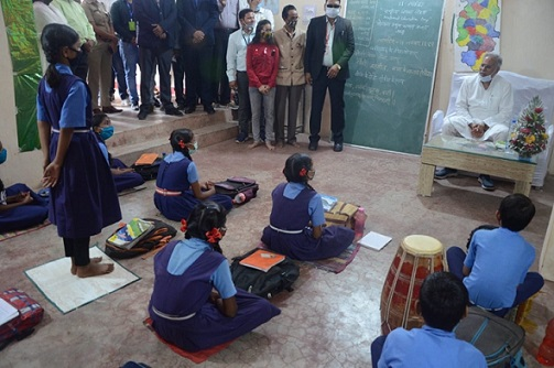 Chief Minister visits Mohalla Class