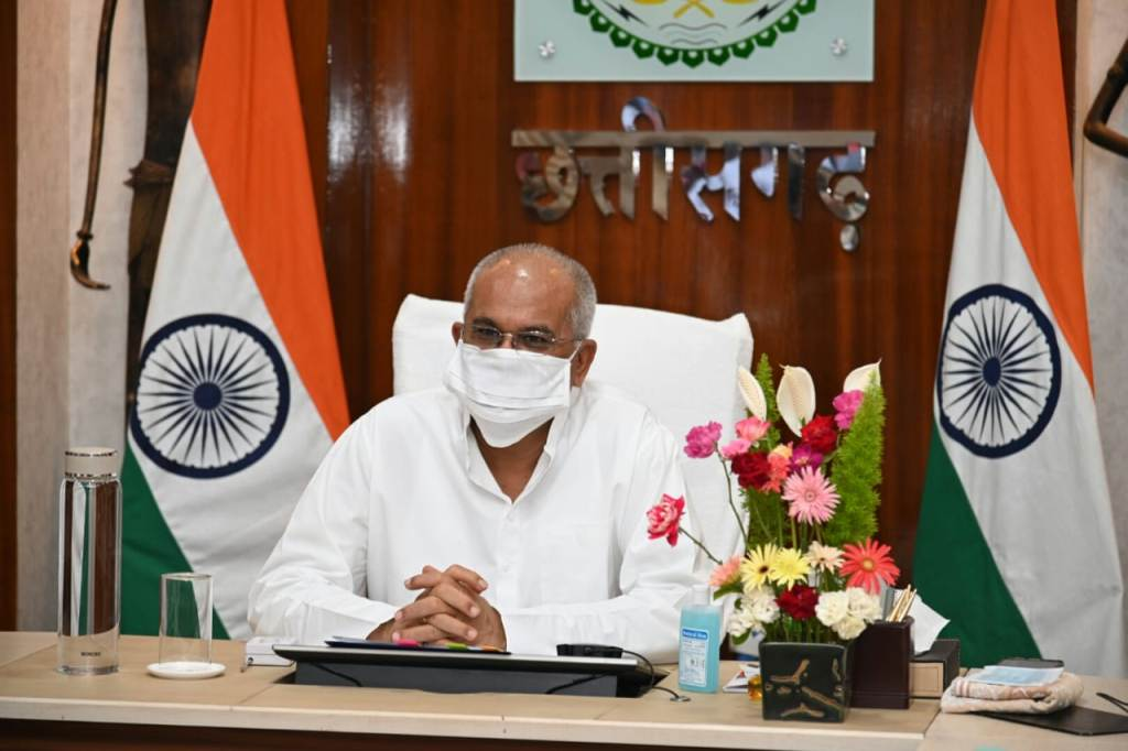CM Baghel addressed health workers